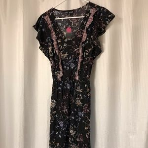Size medium Ana dress floral